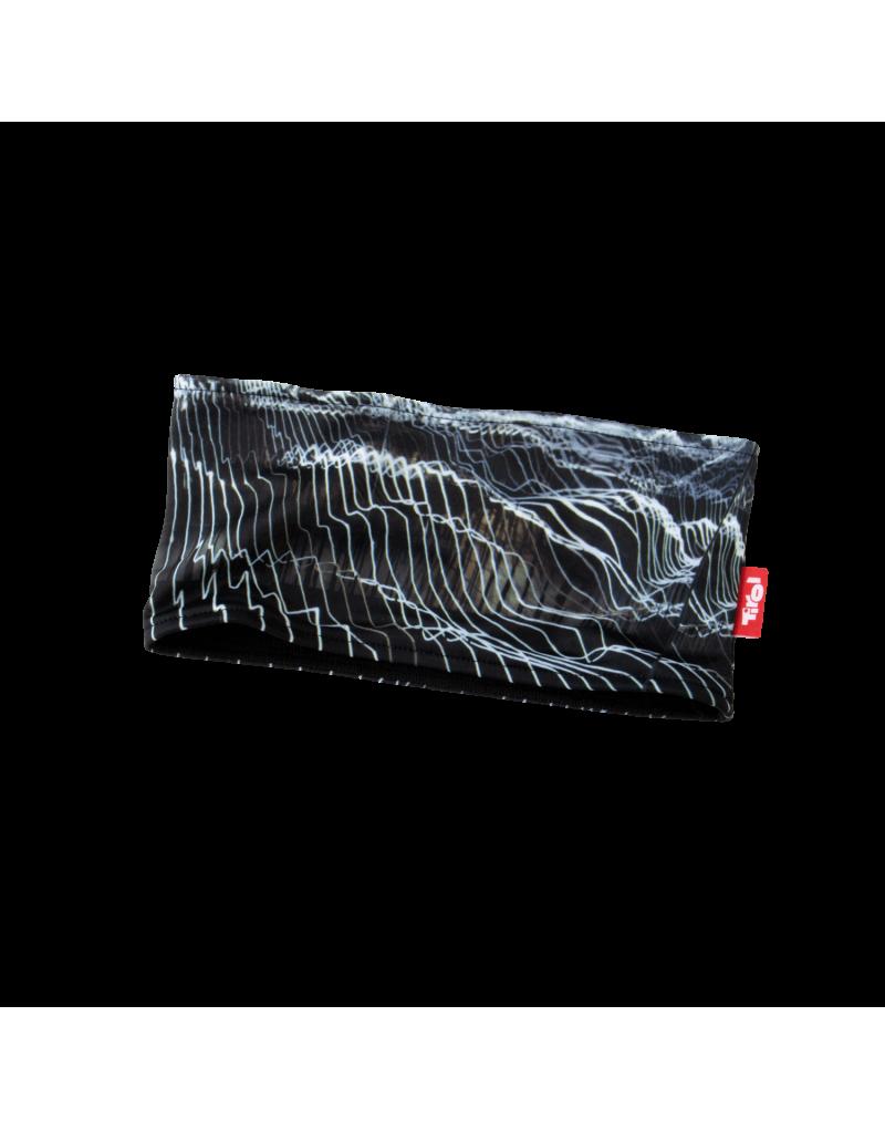 """Das hochwertige Stirnband """"Karl"""" aus der aktuellen Tirol-Kollektion ist ideal für Sportlerinnen, die auch im Winter viel im Freien unterwegs sind. Durch den Materialmix aus 81% Polyester und 19% Elastan überzeugt das Stirnband durch hohen Tragekomfort und Top-Qualität.   Das Inlay dieses funktionellen Accessoires besteht aus 100% Polypropylen. Damit hält das Stirnband warm, ist aber trotzdem atmungsaktiv.    Praktisch und funktionell   Mit atmungsaktivem Inlay   Materialmix:81% Polyester und 19% Elastan"""